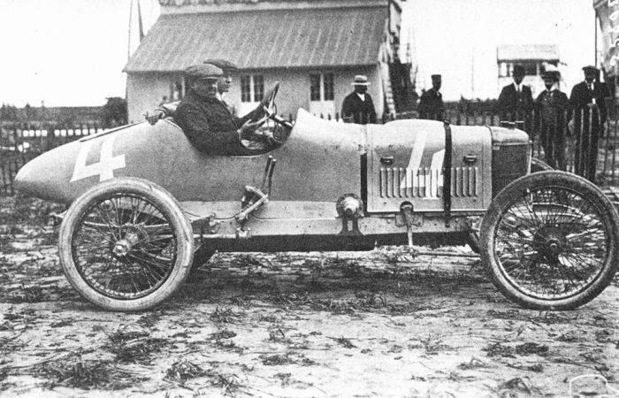Pierwsze wyścigi samochodowe 25