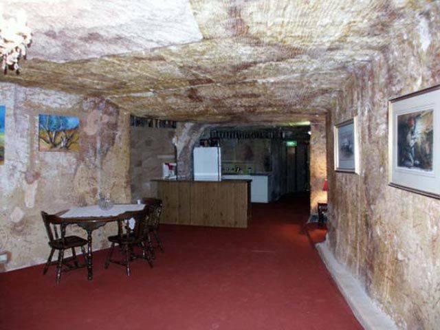 Coober Pedy - podziemne miasto 18