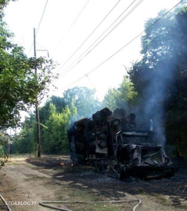 Ciężarówka spłonęła doszczętnie 4