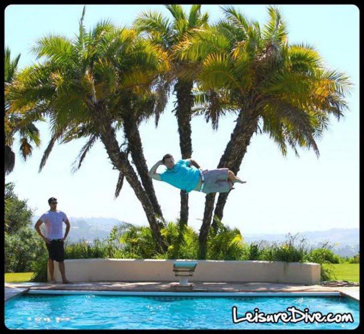 Zabawne zdjęcia przy skokach do basenu 8