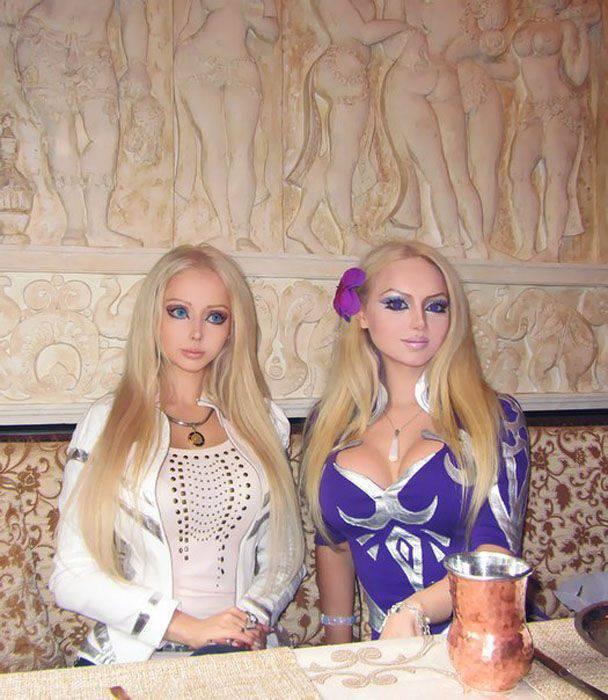 Dziewczyny przypominające lalki #2 8