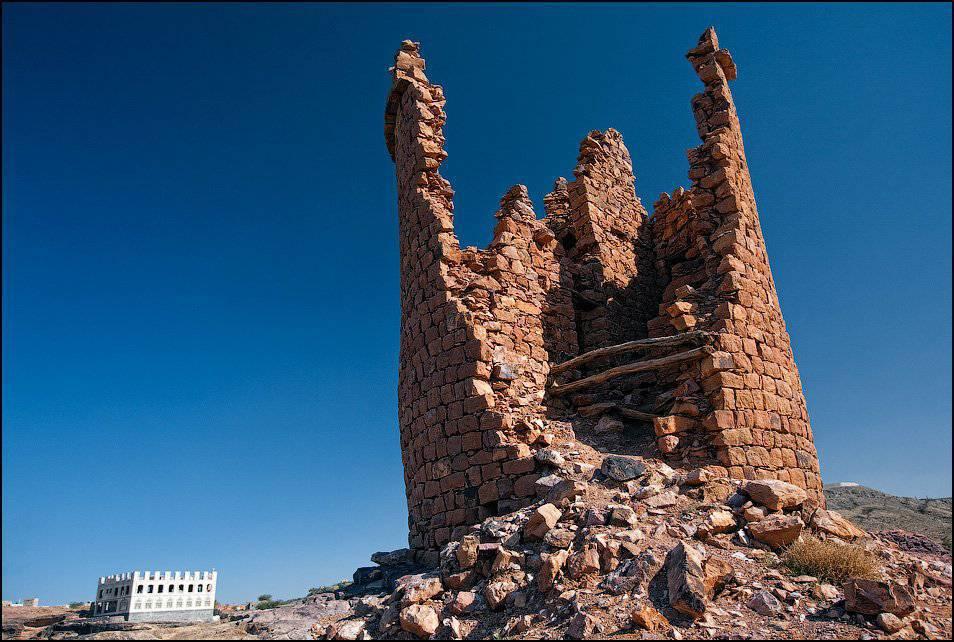 Kamienny pałac Dar al-Hajar 16