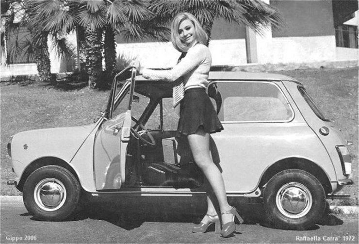 Dziewczyny w mini: 40 lat temu 32