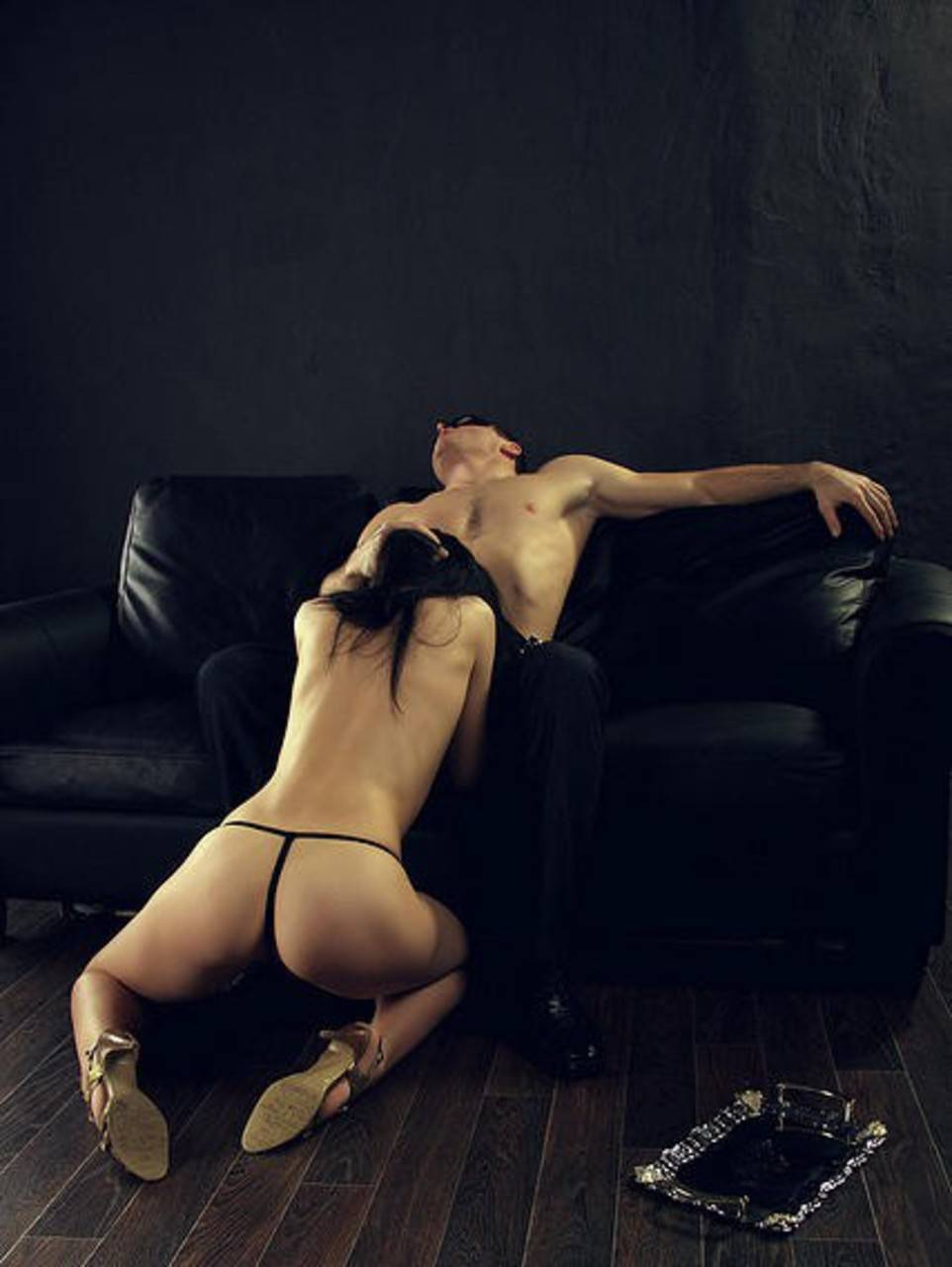 Смотреть страстный секс в офисе 1 фотография