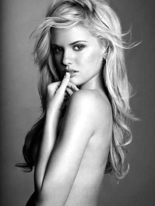 Piękno kobiecego ciała #6 23