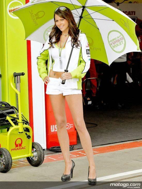 Dziewczyny z MotoGP 2010 29