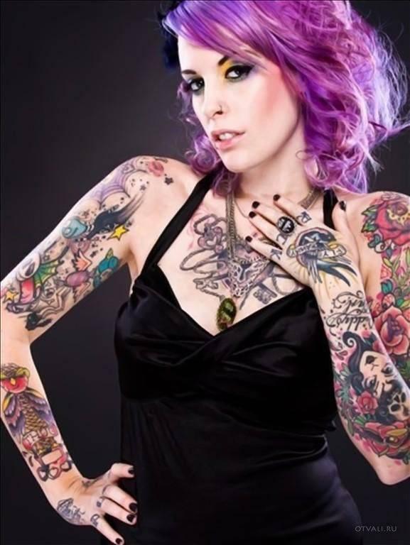 Dziewczyny i tatuaże 15