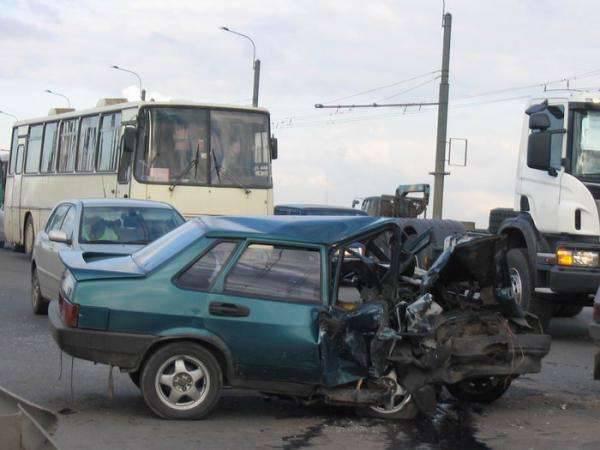 Wypadki samochodowe 25