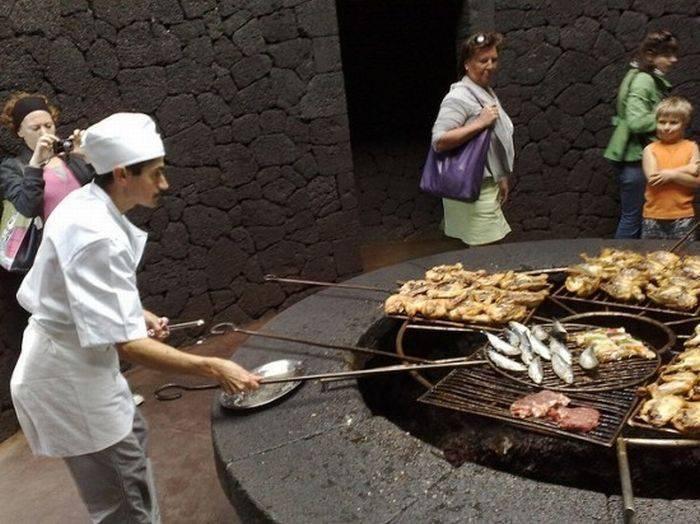 Restauracja na szczycie wulkanu 7