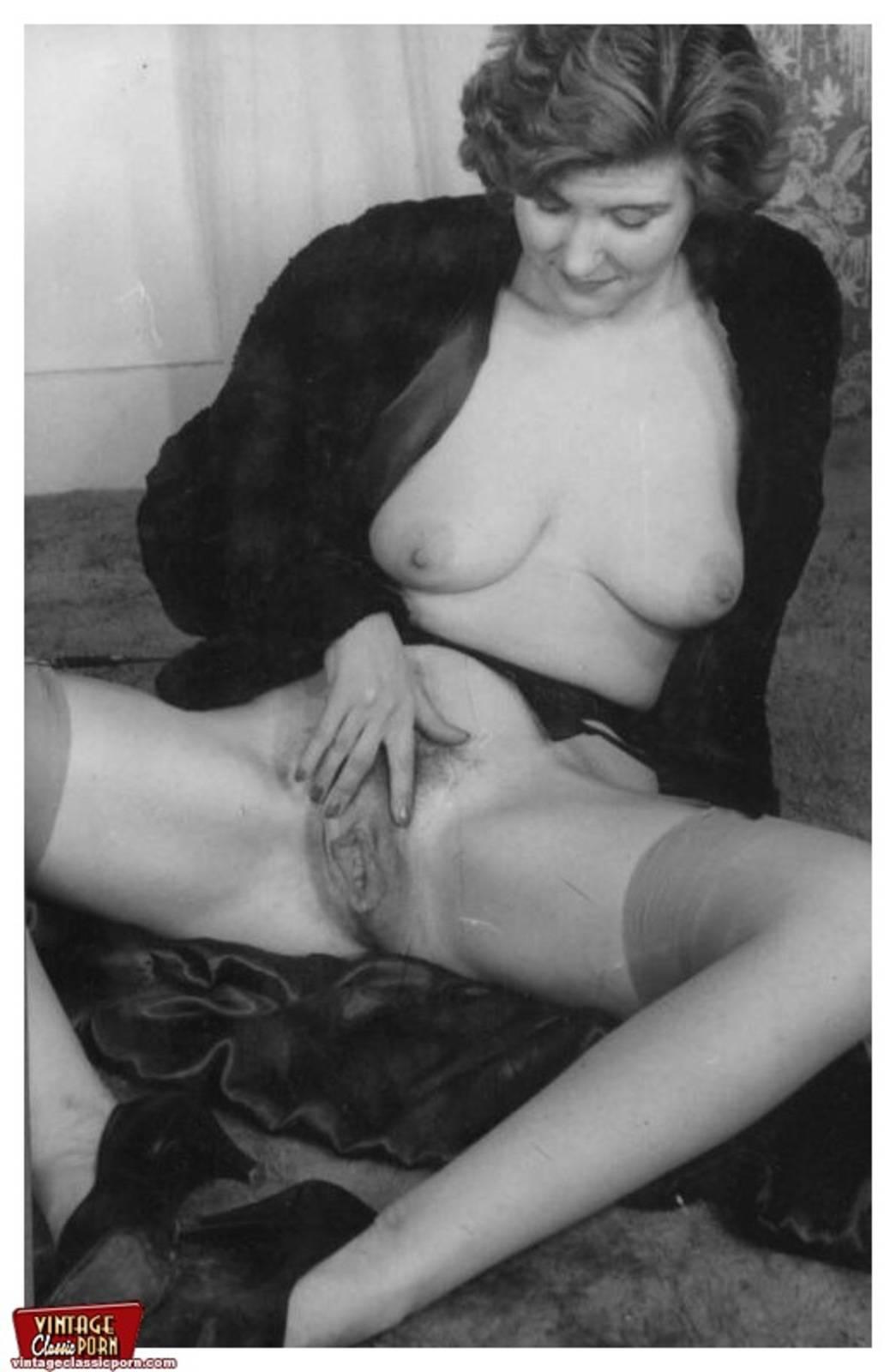 Ретро порно со зрелыми женщинами 25 фотография