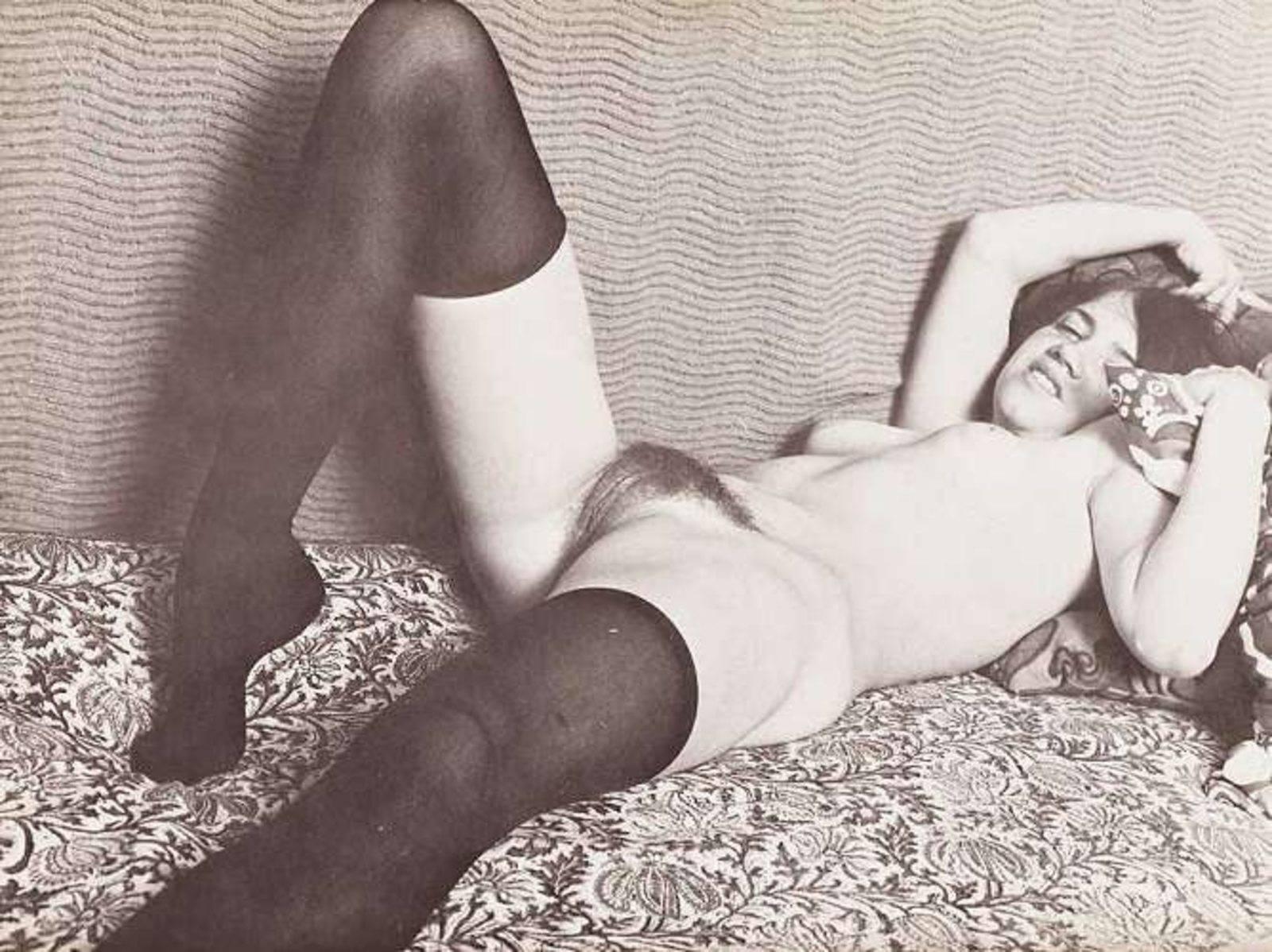 Фото ретро порно волосатая пизда 9 фотография