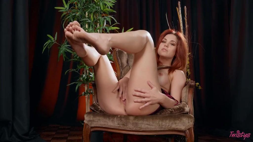 Twistys 20 07 22 Molly Stewart Bratty Dom JOI XXX 720p WEB x264-GalaXXXy