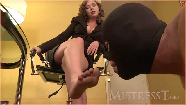 MistressT 11 07 25 Suffer At My Feet XXX